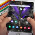 Второе поколение гибкого телефона Samsung и вправду стало прочнее первого - 1
