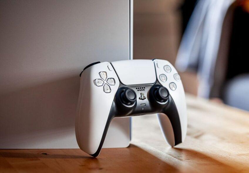 Революционный контроллер DualSense не работает с PlayStation 4, зато каким-то чудом работает с PlayStation 3