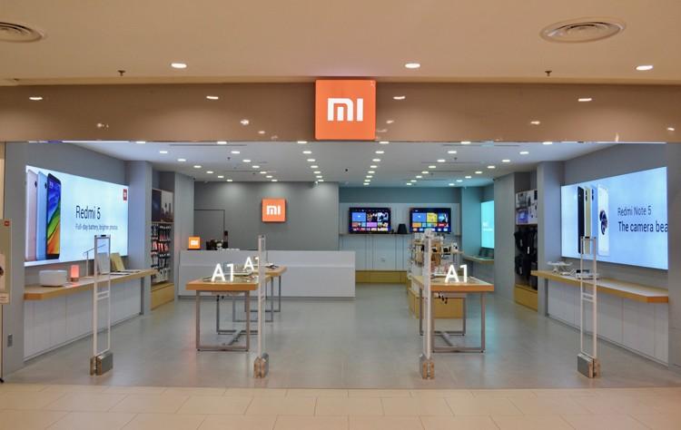 Телефону Xiaomi Mi 11 Pro приписывают наличие 120-Гц дисплея QHD+