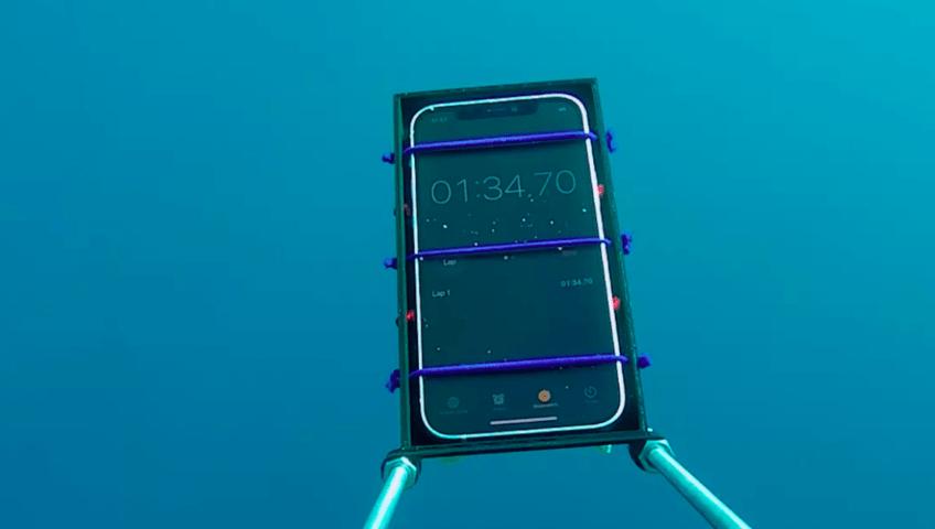 iPhone 12 испытали погружением на глубину - 1