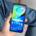 Motorola вспомнила про Android 11: уже три модели смартфонов получили обновление