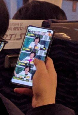 Опубликовано живое фото флагманского смартфона Samsung Galaxy S10+