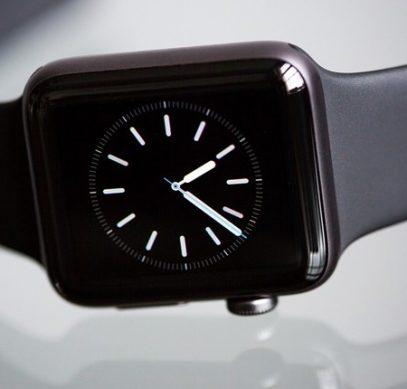 На Apple Watch приходится половина мирового рынка смарт-часов