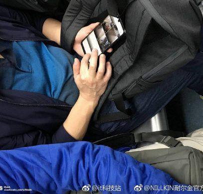 Смартфон Huawei P30 Pro замечен в общественном транспорте