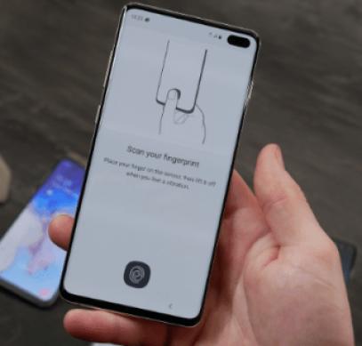 Samsung выпустила обновление, исправляющее работу сканера отпечатков пальцев в смартфонах Galaxy S10 - 1