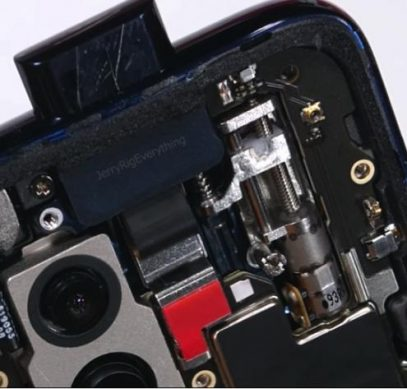 Демонстрация работы выдвижной камеры в прозрачном One Plus 7 Pro