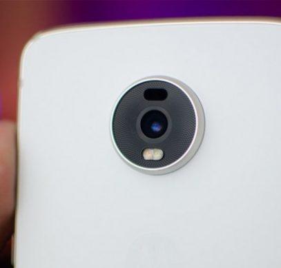 Смартфон Moto Z4 не будет обновлен до Android 11 R - 1