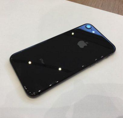 HTC U11 фото