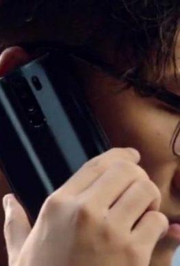 Более 1,5 млн человек заказали Redmi Note 8 за первые сутки. Черный смартфон впервые красуется на живом фото