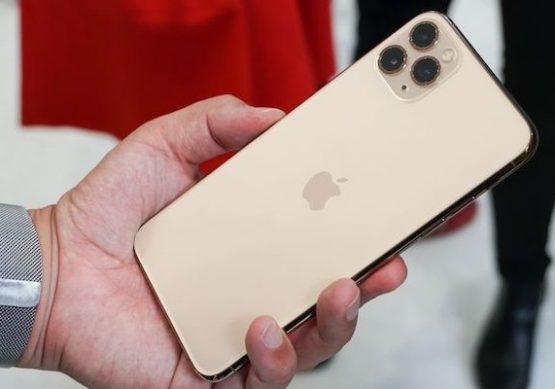 samye-strannye-ustrojstva-apple-iphone-11-ne-hud