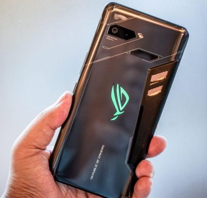 ASUS забила на обновление Android в своем самом дорогом смартфоне - 1