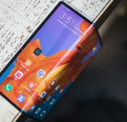 Стартовали продажи нового складного смартфона Huawei Mate Xs - 1