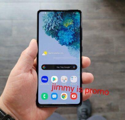 Включённую новинку серии Samsung Galaxy S20 впервые показали в руках пользователя