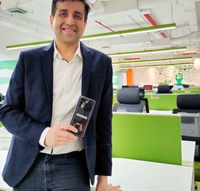 Realme представила прозрачный X7 Pro и спросила мировоззрение о его релизе