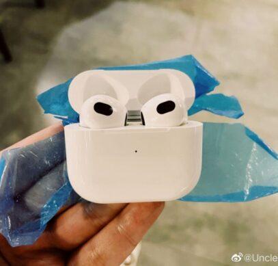 Первое живое фото Apple AirPods 3