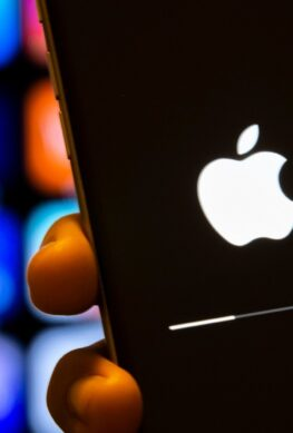 iOS 15 принесёт Always on Display и новые иконки. Какие модели iPhone обновятся на следующей неделе