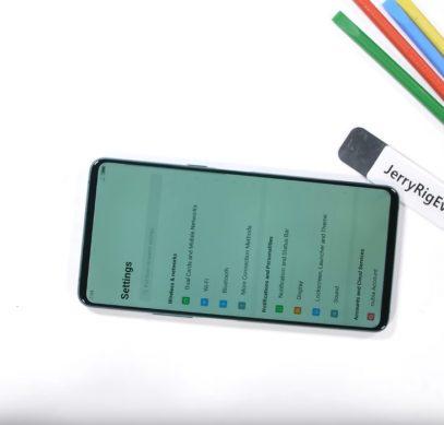 Двухэкранный смартфон ZTE Nubia X с успехом прошёл тесты блогера JerryRigEverything